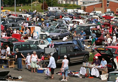 stonehouse_creek_car_boot_sale_-_geograph-org-uk_-_182819